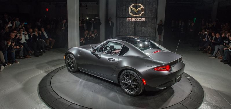 Pokaz nowego modelu Mazda MX-5 RF
