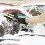 Odśnieżanie samochodu – triki i ciekawostki