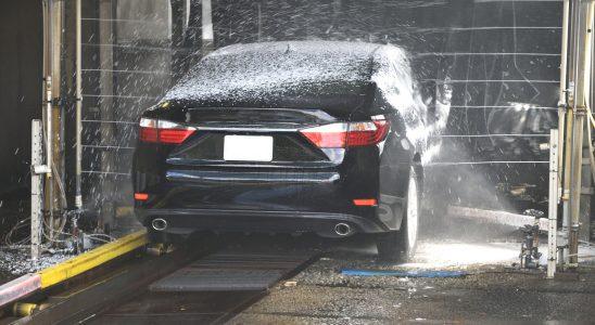 Myjnie automatyczne, jak myć samochód?